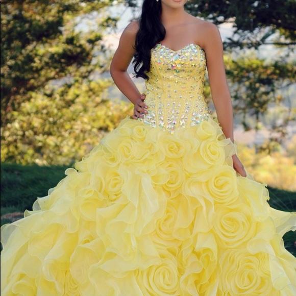 7206fa751cb Yellow Quince Dress. M 5a51536705f43067c802769f